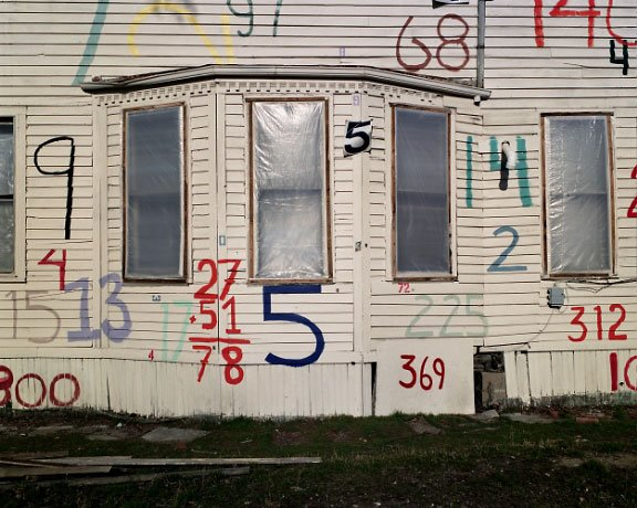 House with numbers -Heidelberg project in Detroit