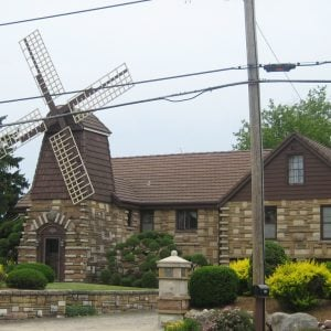 windmill house wheaton, il 3