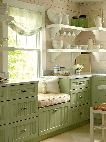 Colored kitchen cabinets - green