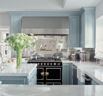 Jennifer Lopez robins egg blue kitchen cabinets