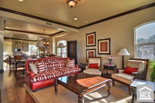 For Sale Christina Aguilera 39 S Beverly Hills House