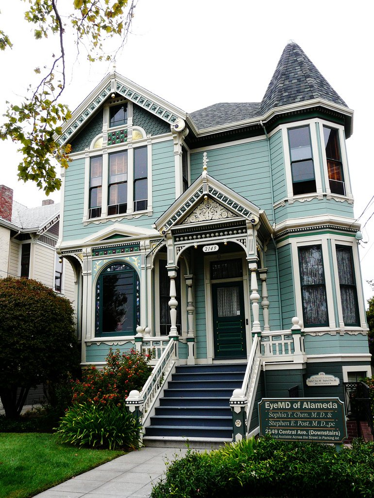 Authentic victorian style house remodel for Different exterior house styles