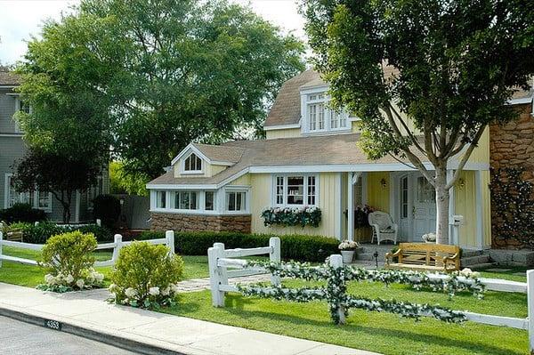 Famous Wisteria Lane house