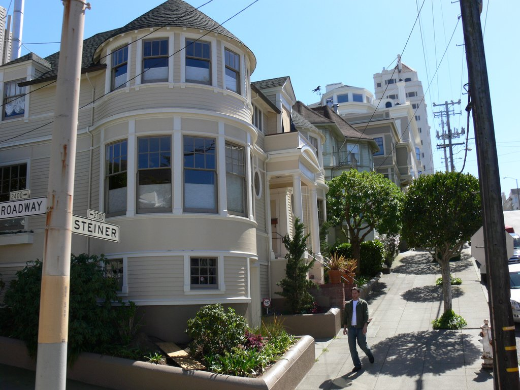 Mrs. Doubtfire movie  house