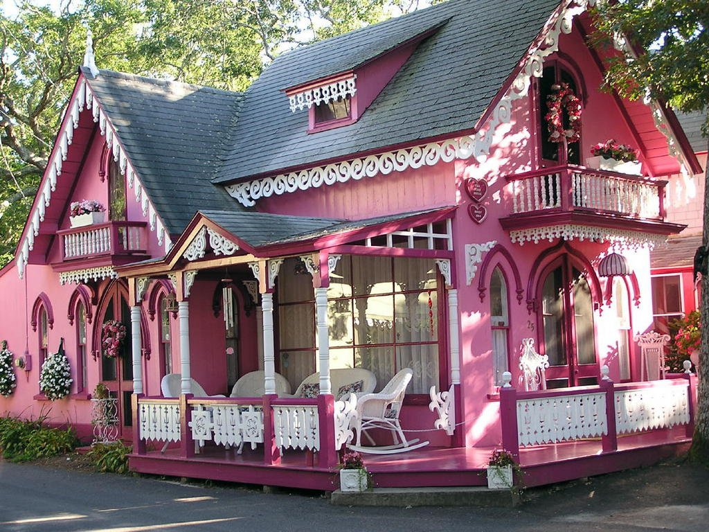 Image Pink house Easter