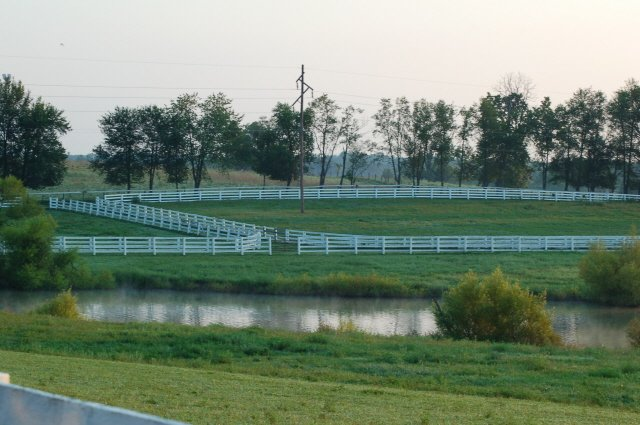 Kentucky farm fields image