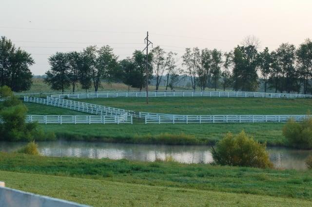 Kentucky farm fields image