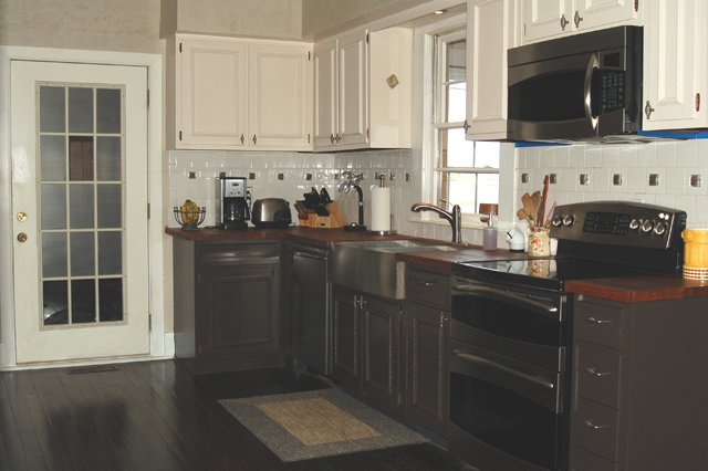 Gourmet kitchen - Kentucky horse farm for sale