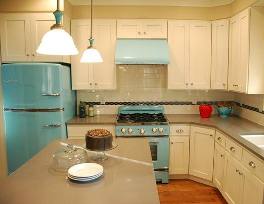 Retro style kitchen from real life UP movie house- 50s retro kitchens