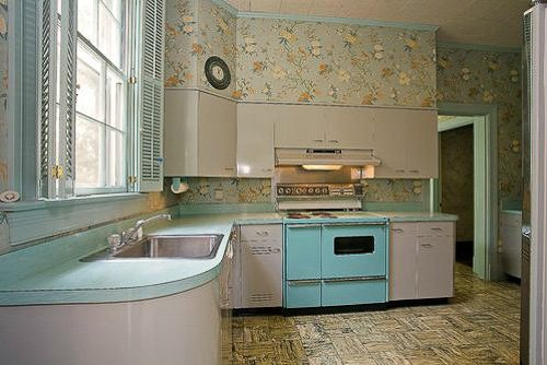 1956 kitchen cabinets   50s retro kitchens 50s retro kitchens  rh   housekaboodle com