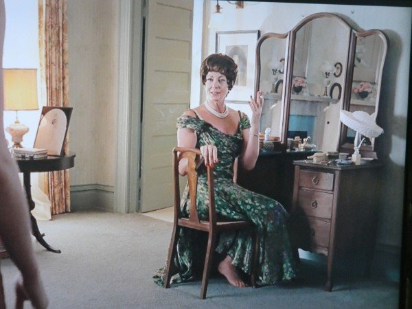 Sketter's mom The Help movie scene - vintage dressing table