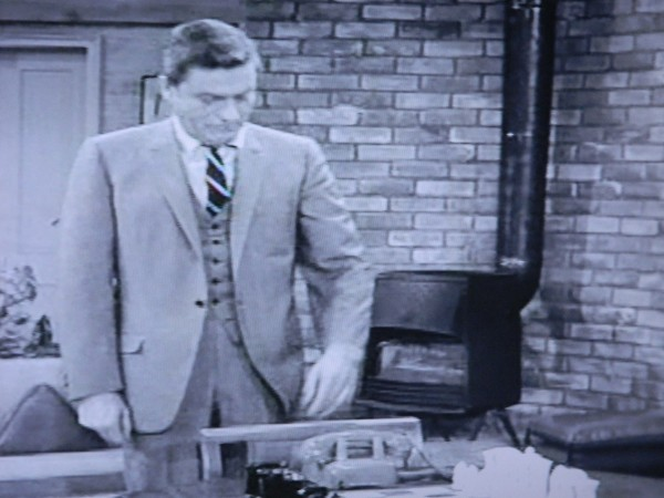 Fireplace TV set Dick Van Dyke show