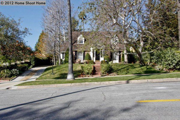 Curb Appeal Home - Charming