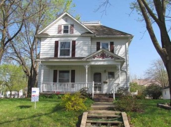 house for auction in Iowa