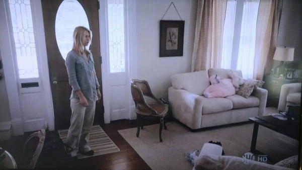 Living room Homeland TV show scene
