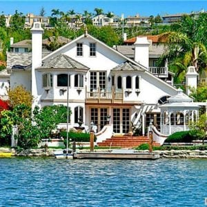 Luxury Lake House for sale
