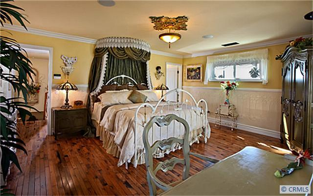 Victorian house remodeled master bedroom