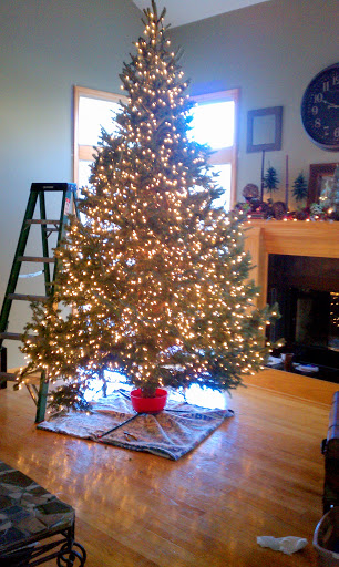 Step 1 to string a Christmas Tree - Glowing Christmas tree decorating guide