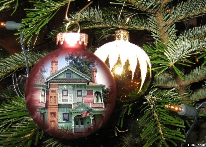 Victorian house decked for Christmas photo