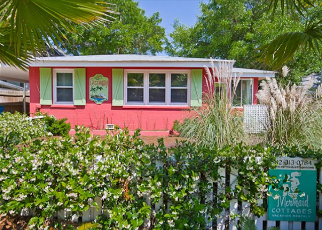 Castaway Cottage on Tybee Island - a vacation rental