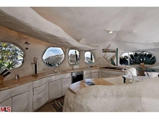 Dick Clark Flintstone House - kitchen