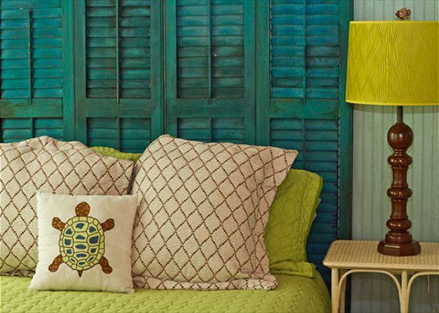 Renting A Room At Pink House Savannah
