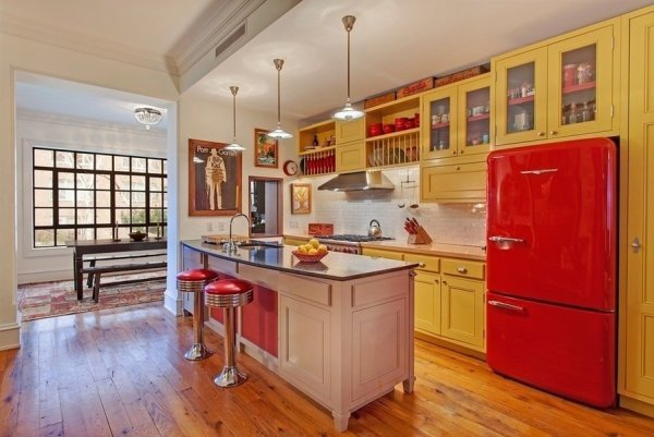 Ethan Hawke's NYC Manhattan Townhouse is $6.25 Million - retro kitchen