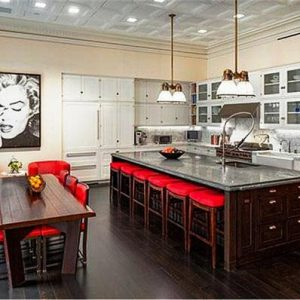 Kelly Ripa's Penthouse - kitchen