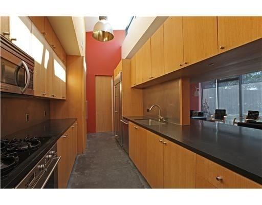 kitchen-c319cb