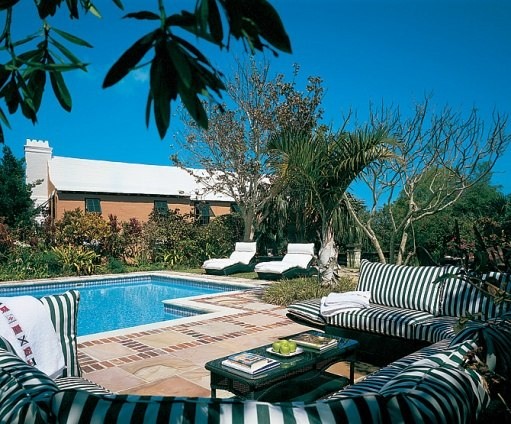 Douglas Zeta-Jones Bermuda house pool