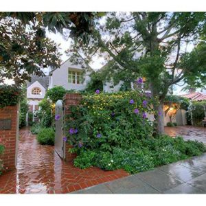 Front view of lovely La Jolla, CA home for sale