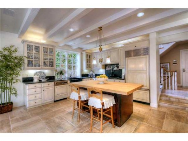 White Kitchen CA house for sale