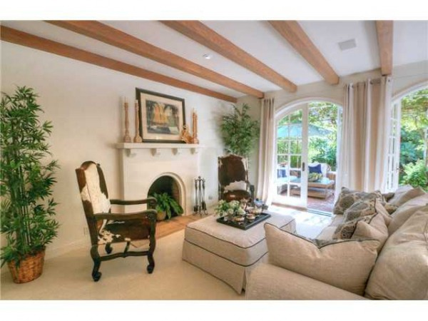 Living area with fireplace La Jolla real estate