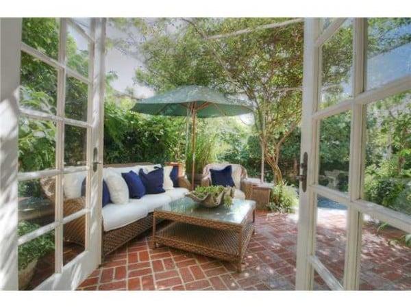 Patio La Jolla CA house for sale