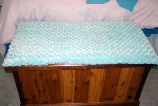 Fluffy turquoise seat cushion