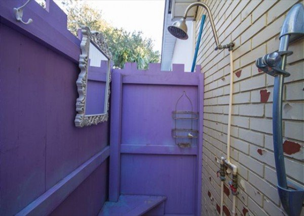 Mermaid cottage Outdoor shower