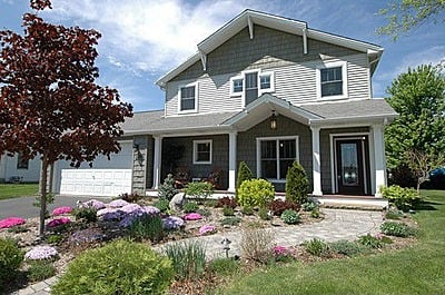 House Hunting in Woodstock Illinois