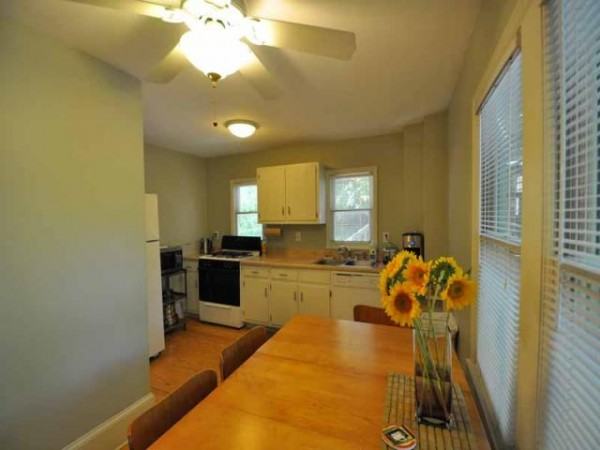 Second kitchen Bungalow for sale
