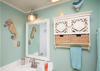 Mint green bathroom Mermaid Cottages