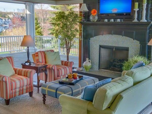 Lake Michigan cottage living room