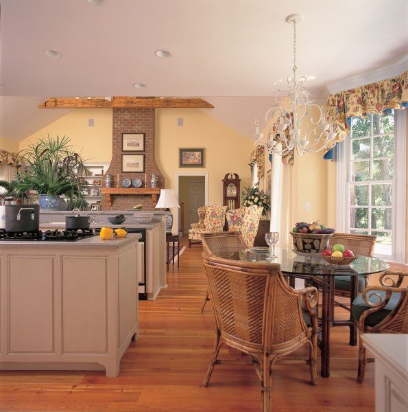 Cape Cod country open kitchen design