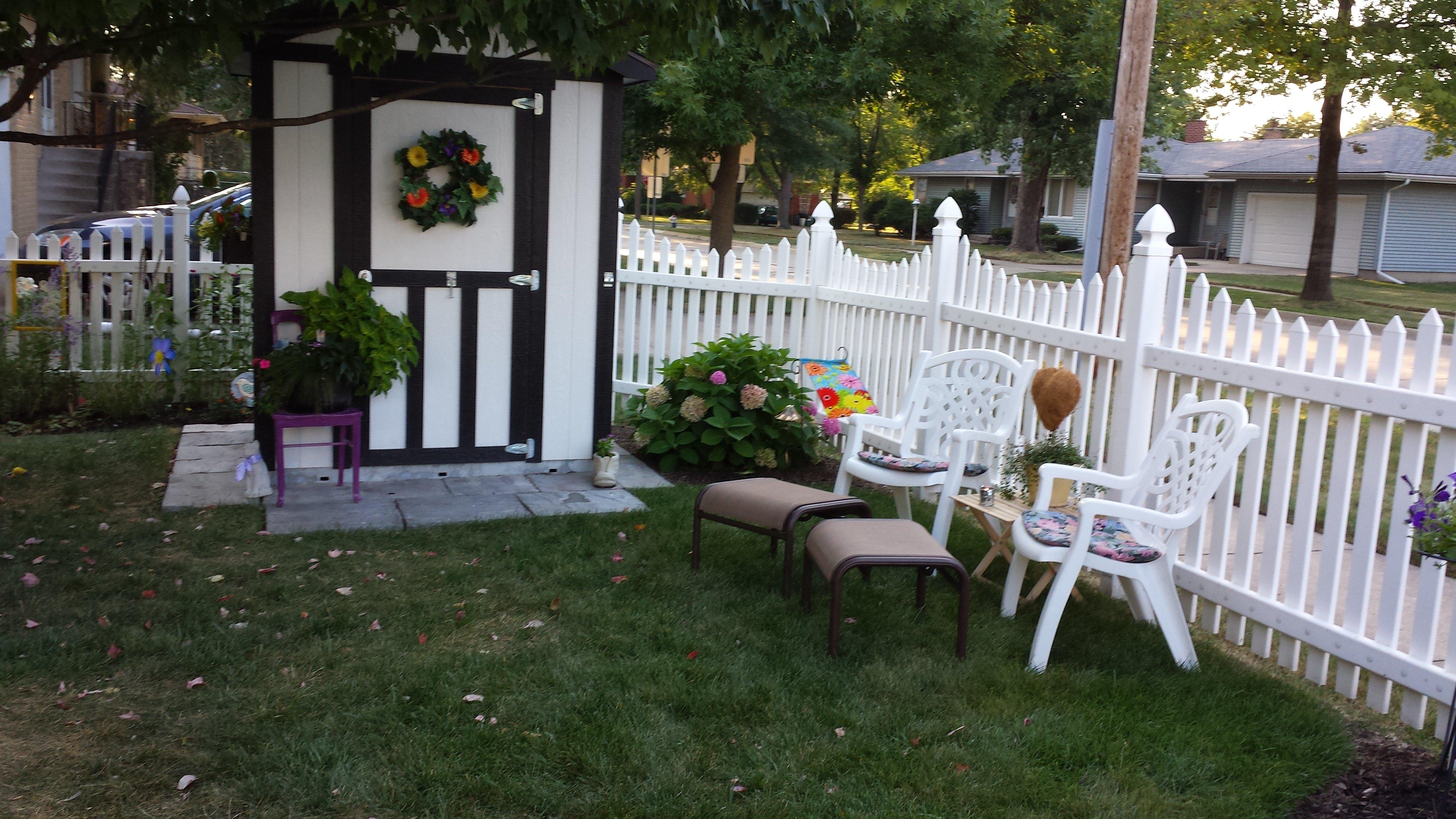 Fairies And Gnomes Flower Garden Design
