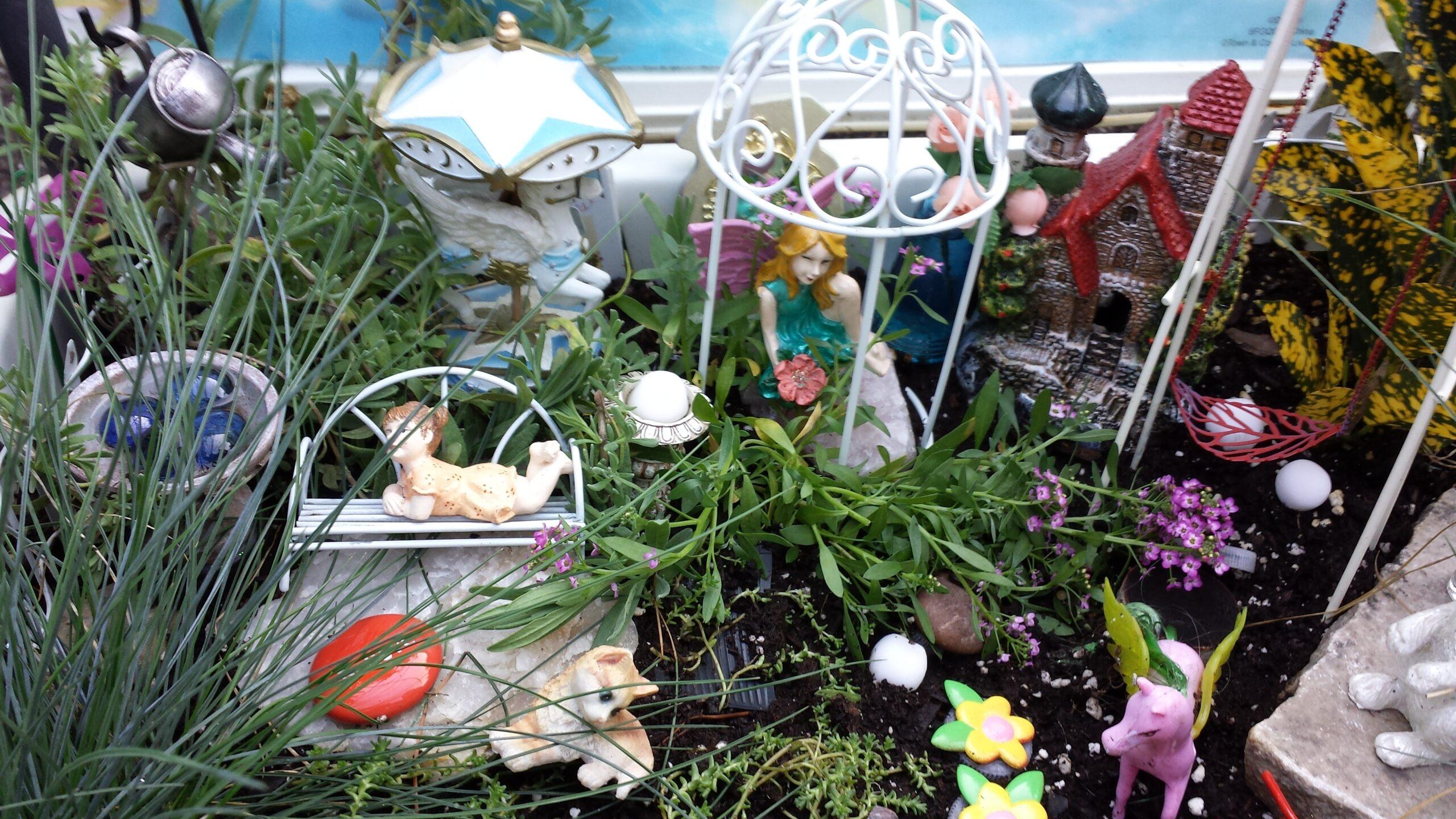 Garden Walk – Fairies and Gnomes Flower Garden Design