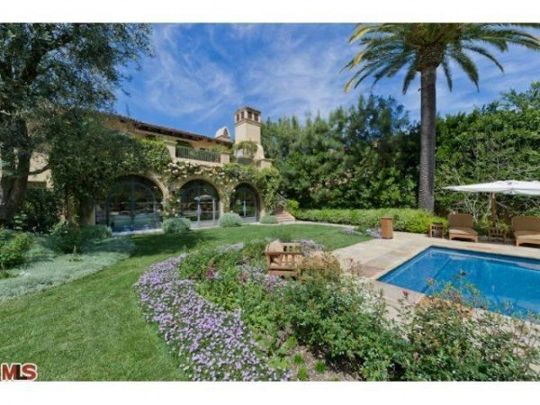 Christina Aguilera Beverly Hills mansion