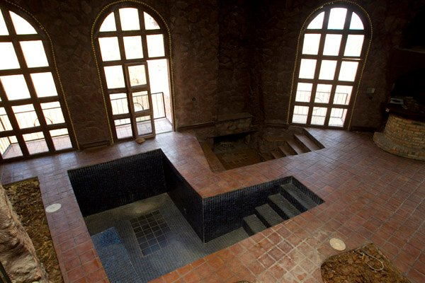 Copenhaver castle pool
