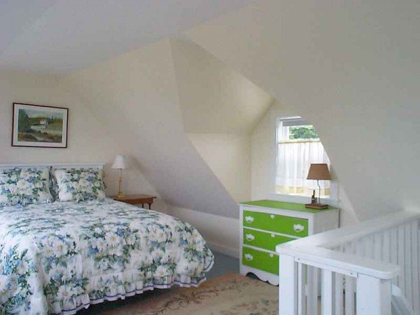 Periwinkle cottage Bedroom