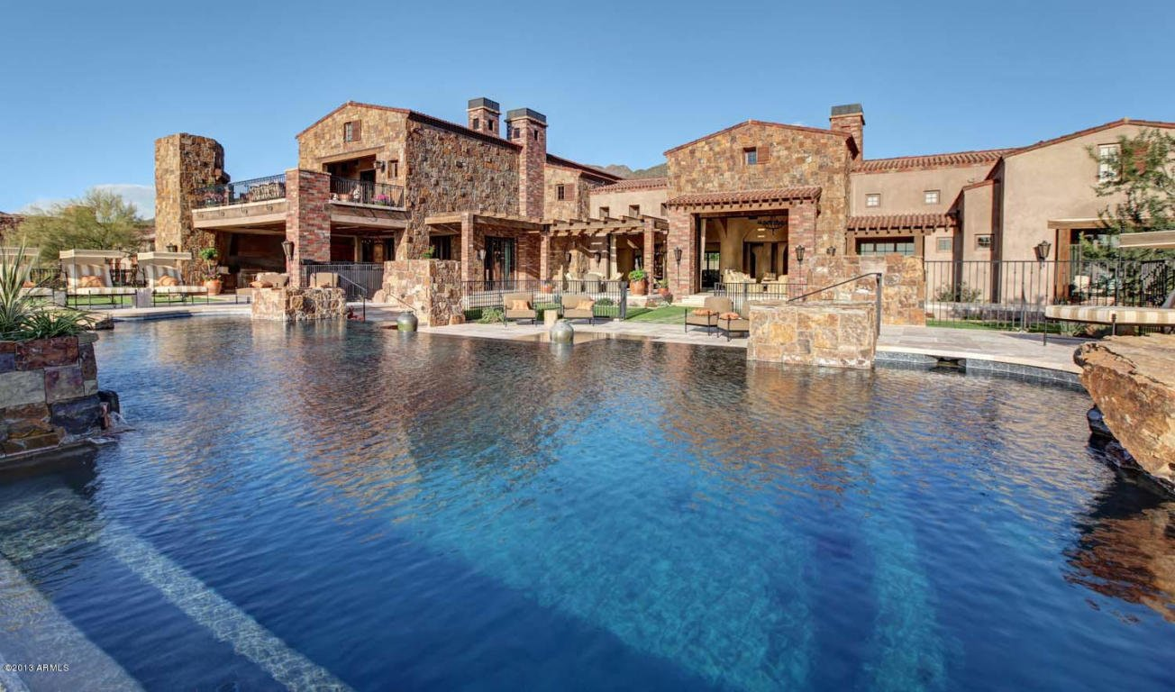 Luxury home is multi million dollar estate in scottsdale az for Million dollar luxury homes