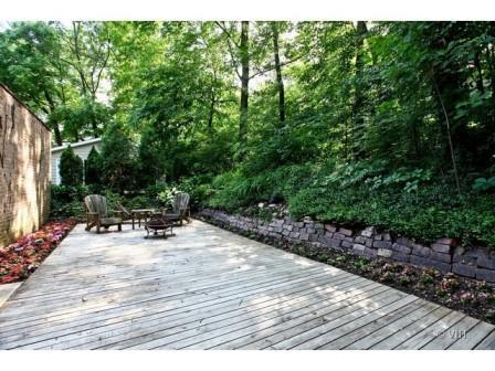 734 Lenox Glen Ellyn, IL deck