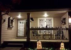 Spooky halloween decorating