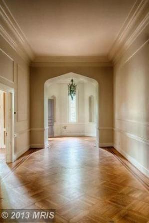 Melrose Castle hallway